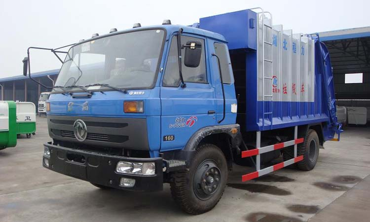Dongfeng 145 compression garbage truck
